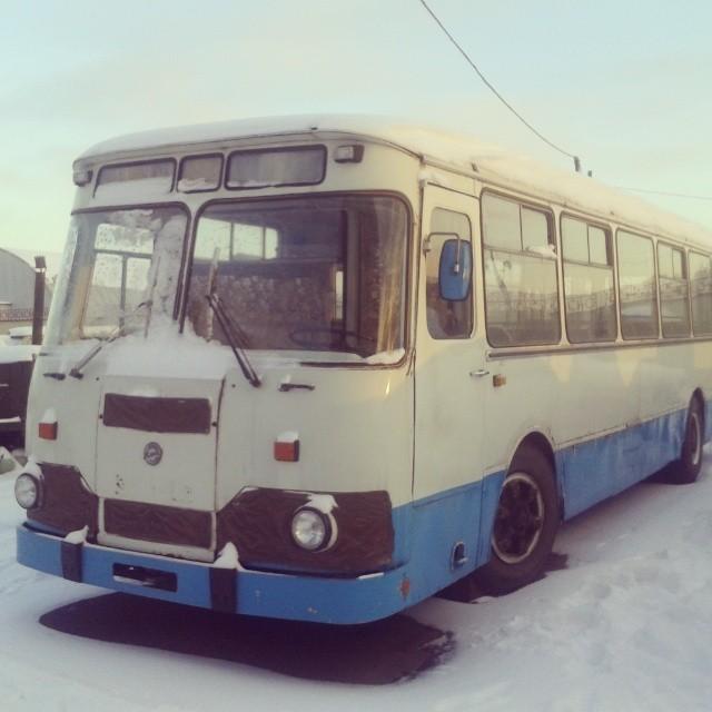 Samedi. Nostalgique de l'époque soviétique ? Visitez le célèbre park Gorki, ou les parcs Sokolniki et Kouzminki, moins connus. Vous y trouverez entre autres un emblématique trolley-bus soviétique.