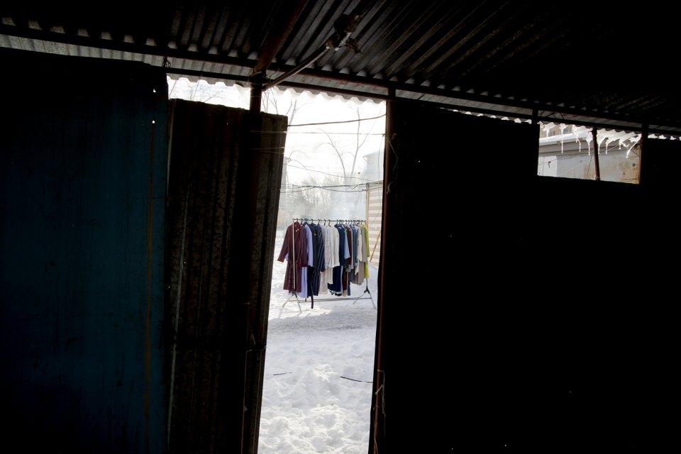 In molte città degli Urali, così come nel resto del paese, si trovano mercati dove i residenti acquistano abiti e, talvolta, prodotti alimentari
