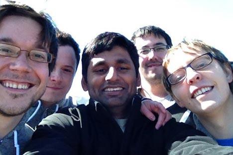 Fundadores da rede social Pair: os russos Oleg Kostur, Anton Krutiánski e Mikhail Petrov, e os canadenses Jamie Moore e Achvenkumar RadjanderanFoto: Divulgação