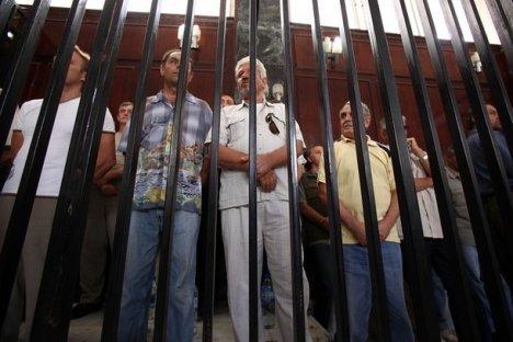 Governo deve tentar repatriação dos russos presos na Líbia  Foto: AFP / EastNews