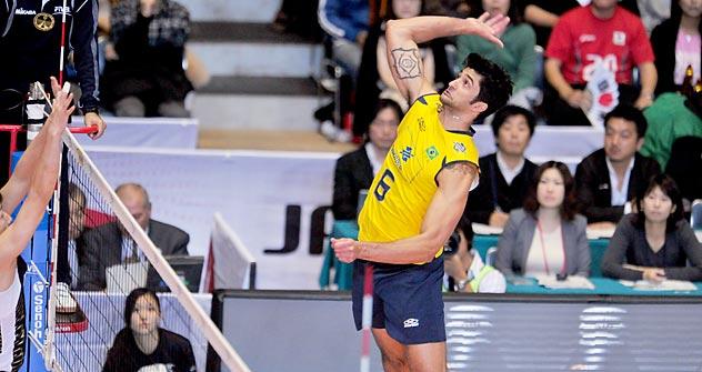 """Vissotto recebeu apelido de """"gigante brasileiro"""" por causa de seus 2,12m de altura Foto: Legion Media"""