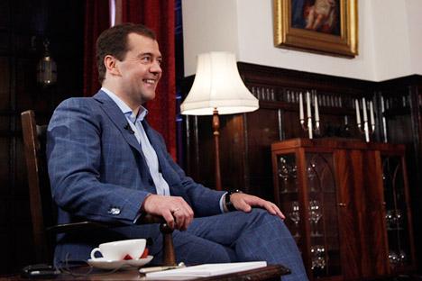 Dmítri Medvedev propôs a redução do número de instituições de ensino superior no país. Foto: TASS