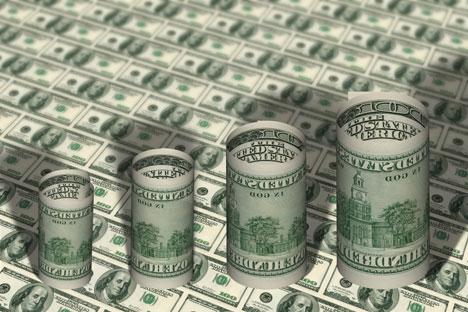 Estudo aponta que diferença de salário entre altos executivos e funcionários de baixo escalão em empresas russas chega a 65 vezes. Foto: Fotoimedia