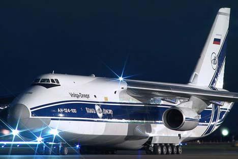 A capacidade de transporte do AN-124-100 Ruslan é de 150 toneladas. Foto: volga-dnepr.com