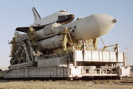 Projeto soviético do veículo lançador Energuia. Sua carga útil na órbita terrestre baixa chega a 105 toneladas. Foto: Aleksandr Mokletsov / RIA Nóvosti