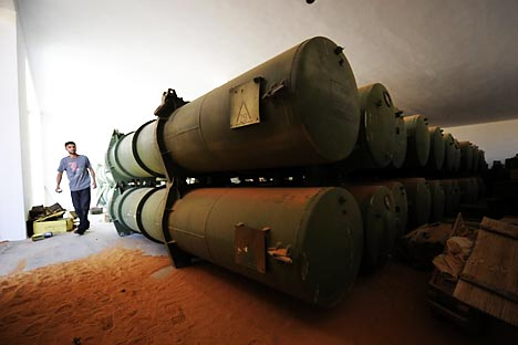 """""""Os líbios começaram a destruir arsenais químicos (na foto) mas, com o início das operações militares, o processo foi interrompido"""". Foto: AFP / EastNews"""