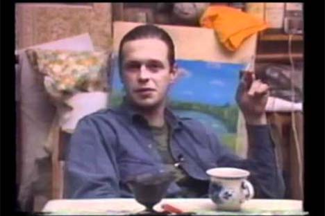 Boris Grebenshchikov, líder da banda Akvarium, em uma cena do documentário