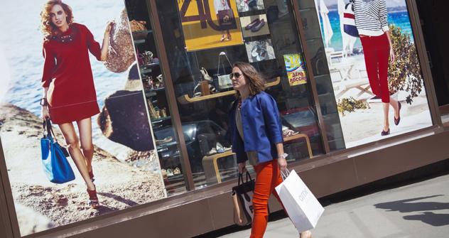 Pais será maior mercado europeu de roupas, calçados e acessórios em 2013. Foto: Corbis/Foto SA