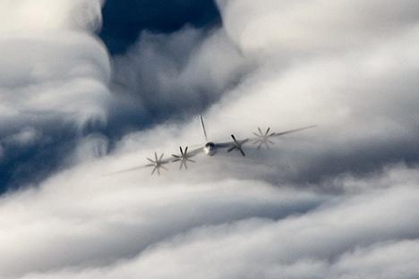 Novo bombardeiro de longo alcance substituirá os atuais Tu-95MS (na foto) e Tu-160. Foto: mil.ru
