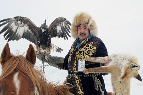 Técnica antiga usada é atualmente usada para afugentar pássaros em aeroportos russos Foto: ITAR-TASS