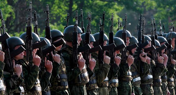 """Especialistas sugerem que suposto """"inimigo"""" só poderia ser os EUA ou a Otan Foto: ITAR-TASS"""