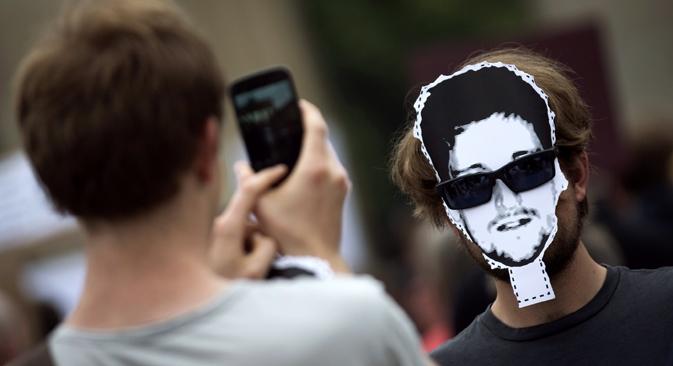 Empresários russos querem lucrar com o direito de imagem do ex-funcionário da CIA Foto: Reuters