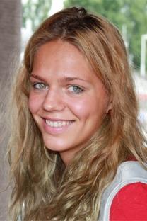 """Efímova: """"Coloquei uma touca nova e bati um novo recorde"""" Foto: wikipedia.org"""