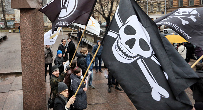 Lei antipirataria gerou protesto nas ruas de São Petersburgo Foto: ITAR-TASS