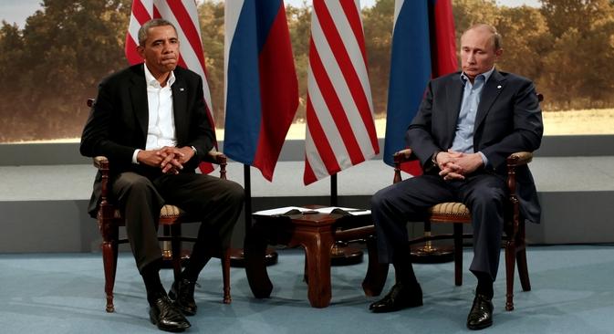 Autoridades de Moscou estão decepcionadas com a decisão do presidente dos EUA, Barack Obama (esq.), de cancelar o futuro encontro com o presidente russo (dir.) durante a próxima cúpula do G20, em setembro Foto: Reuters
