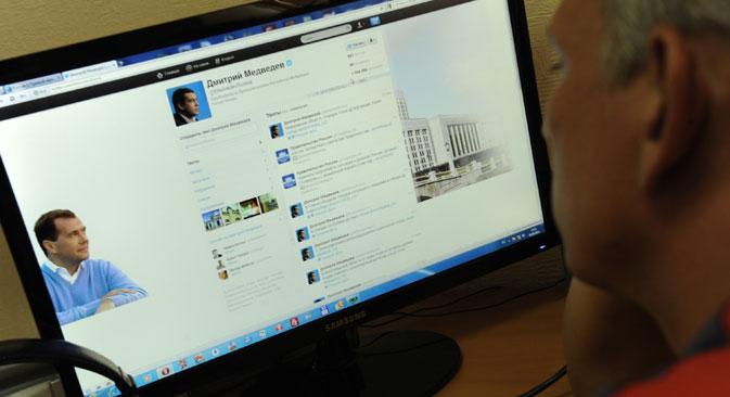 Políticos russos divulgarem suas atividades via internet, por meio da blogosfera Foto: Kommersant / Dmítri Azarov