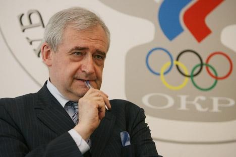 Dolgopolov vai participar do revezamento da tocha olímpica em algures na região siberiana de Krasnoiarsk Foto: Víktor Vessénin/RG