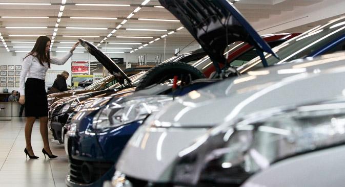 O mercado russo de automóveis deverá lucrar ainda mais com a baixa das taxas de empréstimos e dos preços de seguros Foto: Reuters