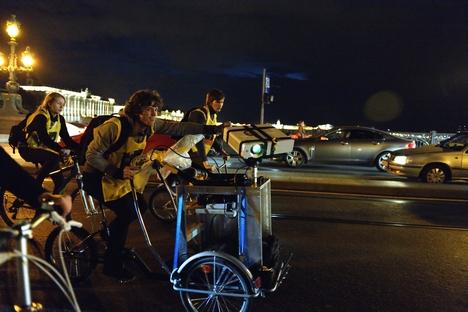 """""""A sensação de pedalar seis quilômetros pela cidade com tantas pessoas atrás de nós foi sensacional"""", diz Marotta Foto: Man Press Centre photo"""