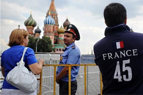 Além de oferecer aulas, polícia irá contratar mais funcionários que falam línguas estrangeiras Foto: ITAR-TASS