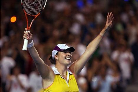 Pela primeira vez desde sua reabilitação, Alissa Kleibánova avançou às quartas de final de uma competição Foto: imago