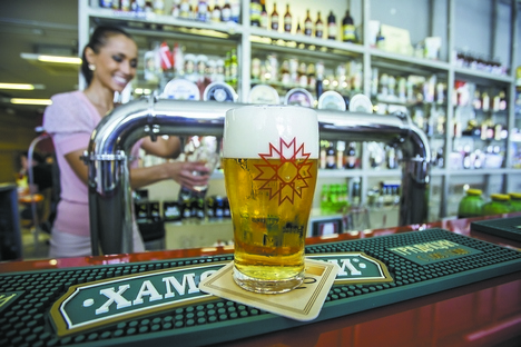 Os gigantes da cerveja viram uma queda de 10% nas vendas internas nos primeiros nove meses deste ano Foto: Photoshot/VostockPhoto