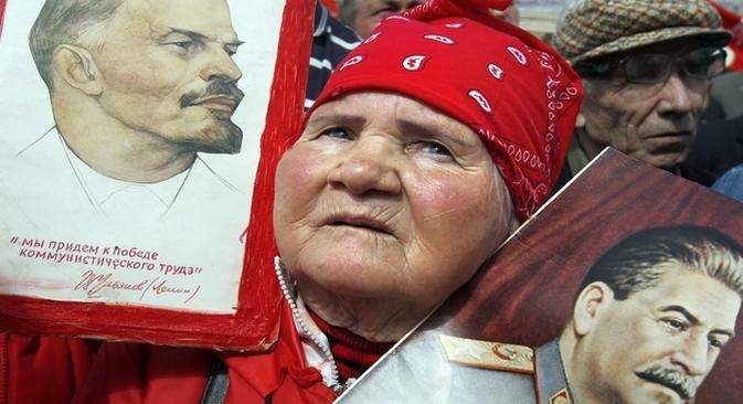 A opinião de que todos os partidos comunistas modernos traíram os verdadeiros valores comunistas também é muito comum na sociedade russa Foto: Reuters