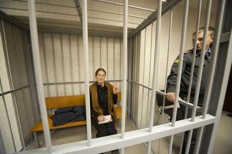 Ana Paula ficou presa por dois meses depois de participar de protesto no Ártico Foto: Greenpeace.org