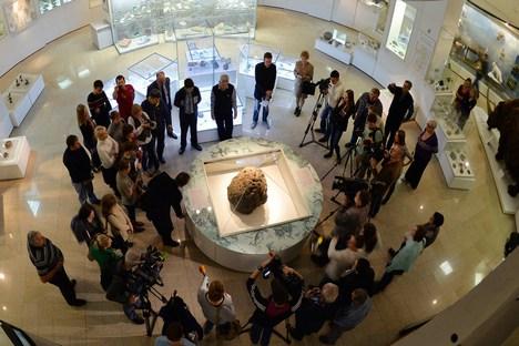 O 'evento de Tcheliabinsk' foi significativo também em termos políticos: ele obrigou os governos dos EUA, União Europeia e Rússia a se voltarem de novo para o problema da ameaça de queda de asteroides Foto: Reuters