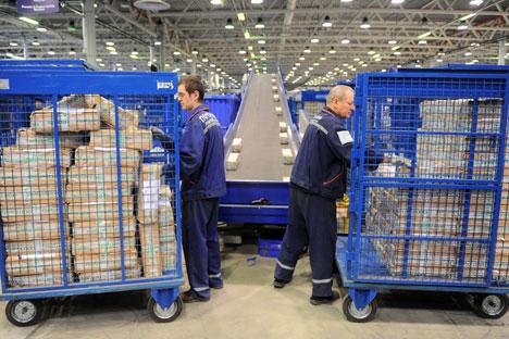 """""""O Correios da Rússia detém o monopólio no mercado de serviços postais"""", diz a analista sênior da Raiffeisenbank, Natália Kolupaeva Foto: ITAR-TASS"""