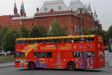 Primeiros ônibus turísticos de dois andares apareceram em Moscou em 2012 Foto: moscowfamily.ru