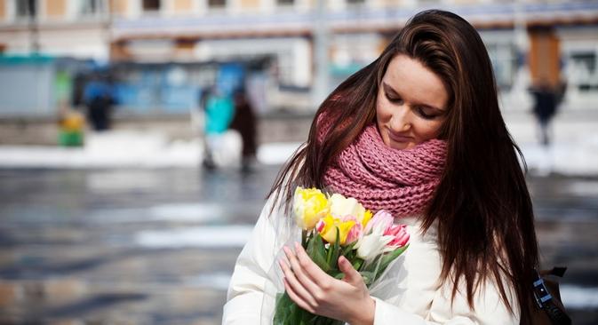 O presente mais desejado e oferecido mais vezes são as flores Foto: ITAR-TASS