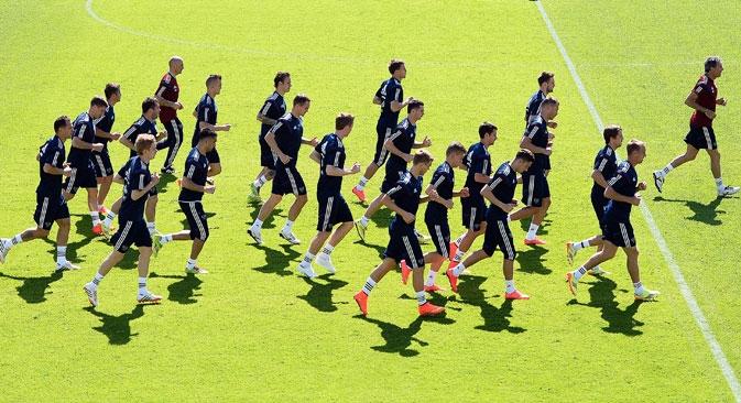 Ao contrário dos outros treinadores no Brasil, Capello também tem a tarefa de preparar uma equipe para o mundial de 2018, quando a Rússia sediará o evento Foto: RIA Nóvosti