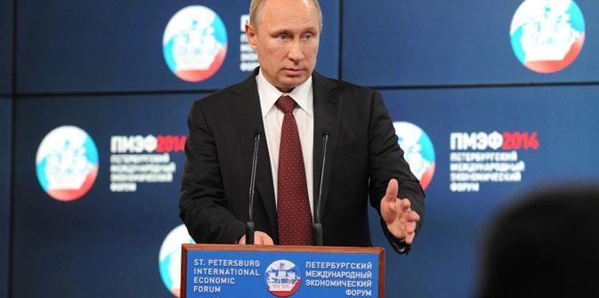 O líder russo deu a entender que o fim da tensão na Ucrânia interessa também a Moscou e, por isso, o governo está disposto a firmar alguns compromissos – entre eles, reconhecer os resultados da eleição presidencial do domingo passado (25) Foto: Mikhail Klimentiev/RIA Nóvosti