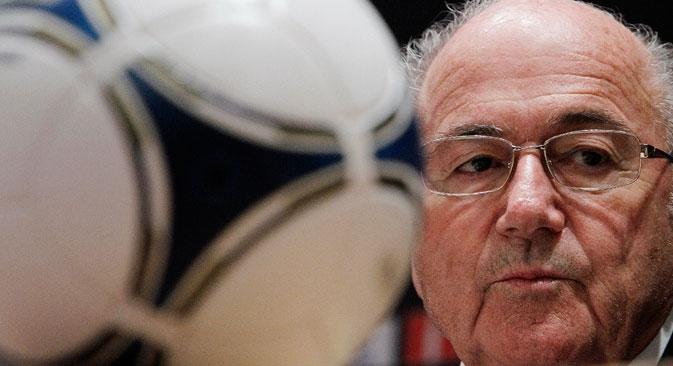 """O presidente da Fifa, Joseph S. Blatter: """"Em nome da Fifa e de todas as federações nacionais, peço para unirmos esforços a fim de proteger o jogo da interferência política e dos políticos."""" Foto: Reuters"""