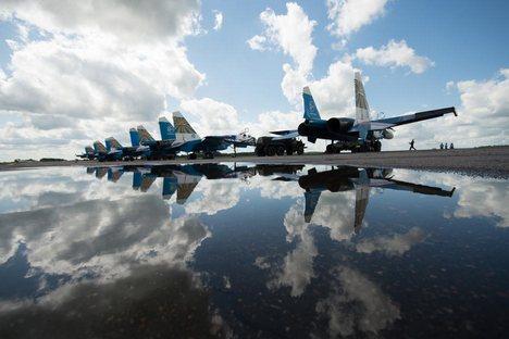 Perigosa aproximação do caça russo SU-27 em relação ao avião militar de reconhecimento americano RC-135 causou preocupação ao secretário de Defesa dos EUA Foto: Mikhail Siritsa / RIA Nóvosti