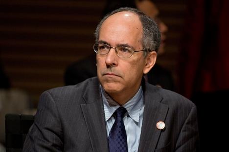 Para Carlos Cozendey, o fundo comum Acordo de Contingência de Reservas (ACR) em nenhum momento se colocará em 'oposição' ou será 'concorrente' ao Fundo Monetário Internacional (FMI) Foto: Getty Images/Fotobank