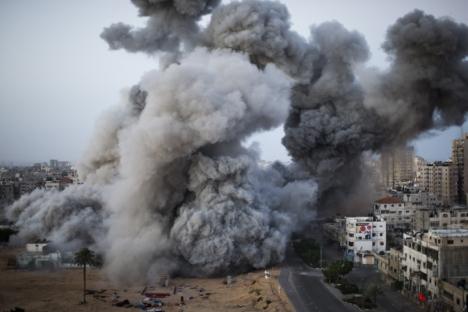 Mais 1.300 palestinos morreram desde o início do recente conflito Foto: AP