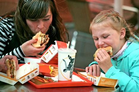 A proposta dos parlamentares veio na sequência da crítica feita por órgãos estatais de controle em relação à rede McDonald's Foto: PhotoXPress