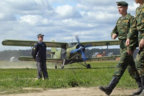 O projeto de remotorização dos An-2 foi levado a cabo pelo Instituto de Pesquisa Aeronáutica Siberiano Foto: AFP/East News