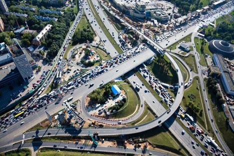 Carros com placa estrangeira podem ser proibidos de circular pela capital durante o evento Foto: Lori / Legion Media