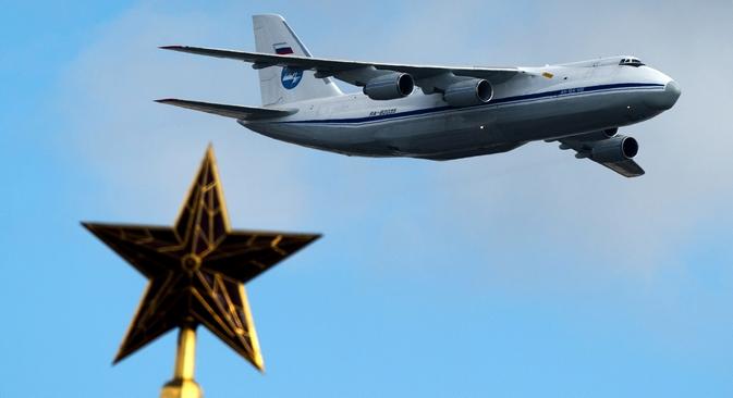 Usado atualmente, o An-124 pode transportar cargas pesadas de até 150 toneladas Foto: Aleksandr Vilf/RIA Nóvosti