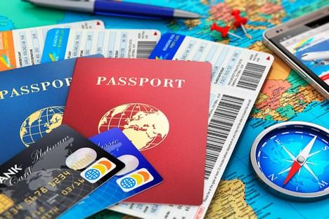 Passaporte, registro migratório e cartões de crédito: prepare tudo com antecedência Foto: Shutterstock