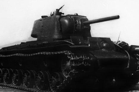Tanque foi oficialmente adotado e sua produção em série autorizada em 1939 Foto: RIA Nóvosti