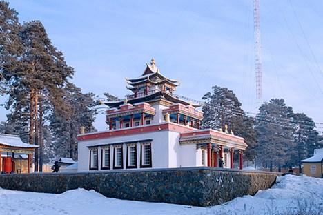 Viagem pela Burátia é pontuada por templos budistas e cultura folclórica Foto: Lori / Legion Media