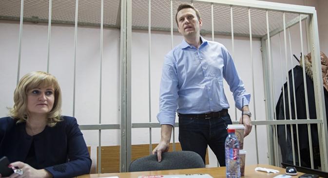 Envolvido em suposto caso de fraude, líder da oposição Aleksêi Naválni pode pegar até 10 anos de prisão Foto: AP