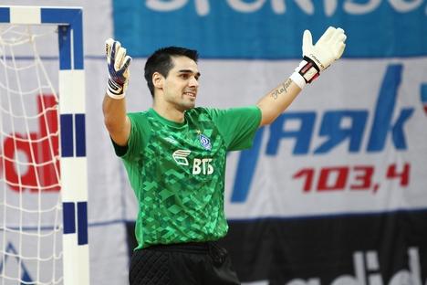 Gustavo Lobo jogou no Brasil até 2004 Foto: futsaldynamo.com