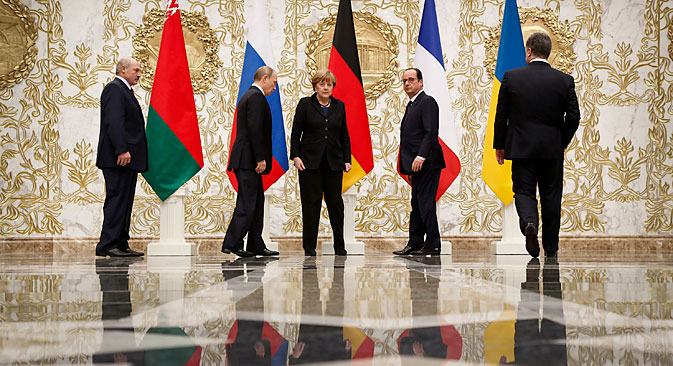 Pútin, Merkel, Hollande e Porochenko encontraram-se na tarde de quarta-feira (11) na capital bielorrussa para discutir crise ucraniana. Foto: AP