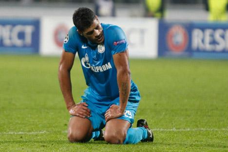 Hulk marcou o único gol do Zenit no domingo e garantiu o empate de 1 a 1 com o Torpedo Foto: Reuters