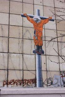 """Segundo grafiteiro, confluência no calendário foi simbólica, """"porque a ciência e a religião têm permanecido em lados opostos das barricadas"""" Foto: Alexander Zhunev / Facebook"""